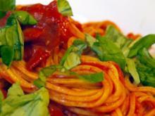 Selbstgemachte Spaghetti mit Chorizo-Tomaten-Sauce - Rezept