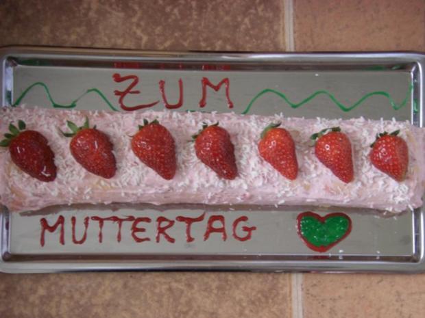 Bisquitrolle Erdbeer-Schmand + Cocos-Raspeln zu Muttertag, Taufe, Hochzeit, Geburtstag... - Rezept - Bild Nr. 3