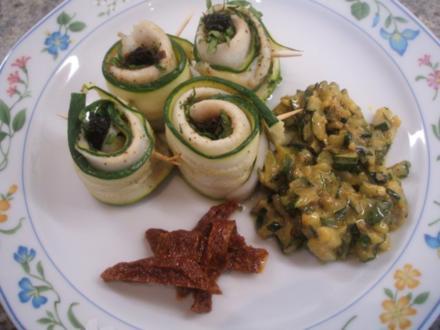 """Fisch: Schollenfilets """"Mediterraneo"""" auf Senf-Zucchini-Gemüse - Rezept"""