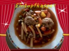 Nudel - Gemüse - Eintopf mit Hackfleischbällchen - Rezept