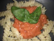 rucki-zucki Tomatensoße zu Nudeln - Rezept