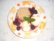 Gießpudding mit Eis und Amarenakirschen - Rezept