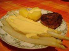 Frischer Spargel mit kleinen Schnitzelchen - Rezept
