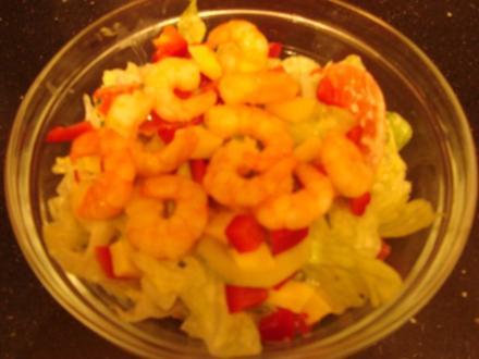 bunter Salat mit Party-Garnelen - Rezept