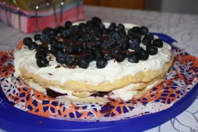 Heidelbeer-Brandteig Torte - Rezept