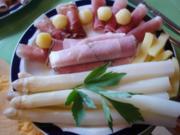 Spargel mit dreierlei Schinken, Kartoffeln in Pommes frites- und Bällchenform *) und - Rezept