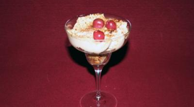 "Amaretto-Creme ""Surprise"" - Rezept"