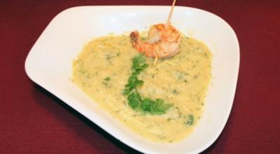 Grüne-Soße-Suppe mit Garnelen - Rezept