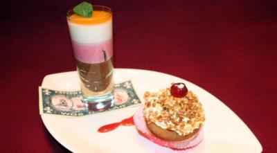 Dreierlei Mousse und Cupcakes à la Million Dollar - Rezept