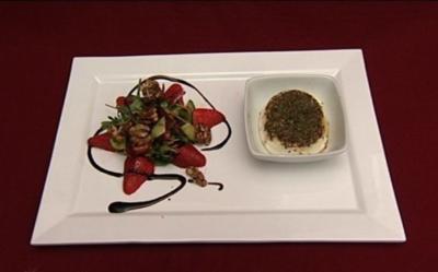 Frühlingssalat mit warmem Honig-Ziegenkäse (Isabell Horn) - Rezept