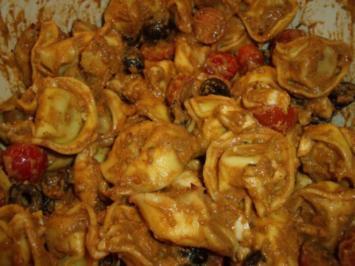 Tortellini-Salat mit Pesto-Dressing - Rezept