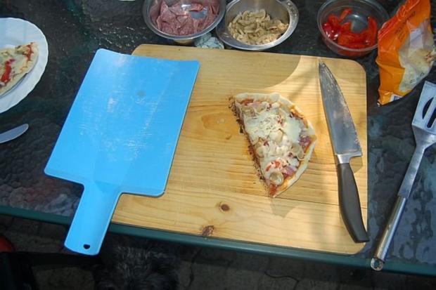 Pizza vom Holzkohlengrill - Rezept - Bild Nr. 15
