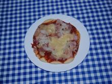 Pizza vom Holzkohlengrill - Rezept