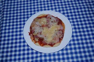 Rezept: Pizza vom Holzkohlengrill