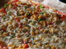 Gemüsepizza mit Camembert - Rezept