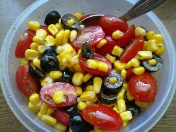 Schwarz-Rot-Gold-Salat - Rezept