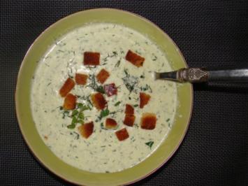 Suppen : Kalte Gurken - Kräuter - Buttermilchsuppe - Rezept