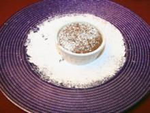 Schokoladen-Soufflé mit Brombeertrüffel-Füllung - Rezept