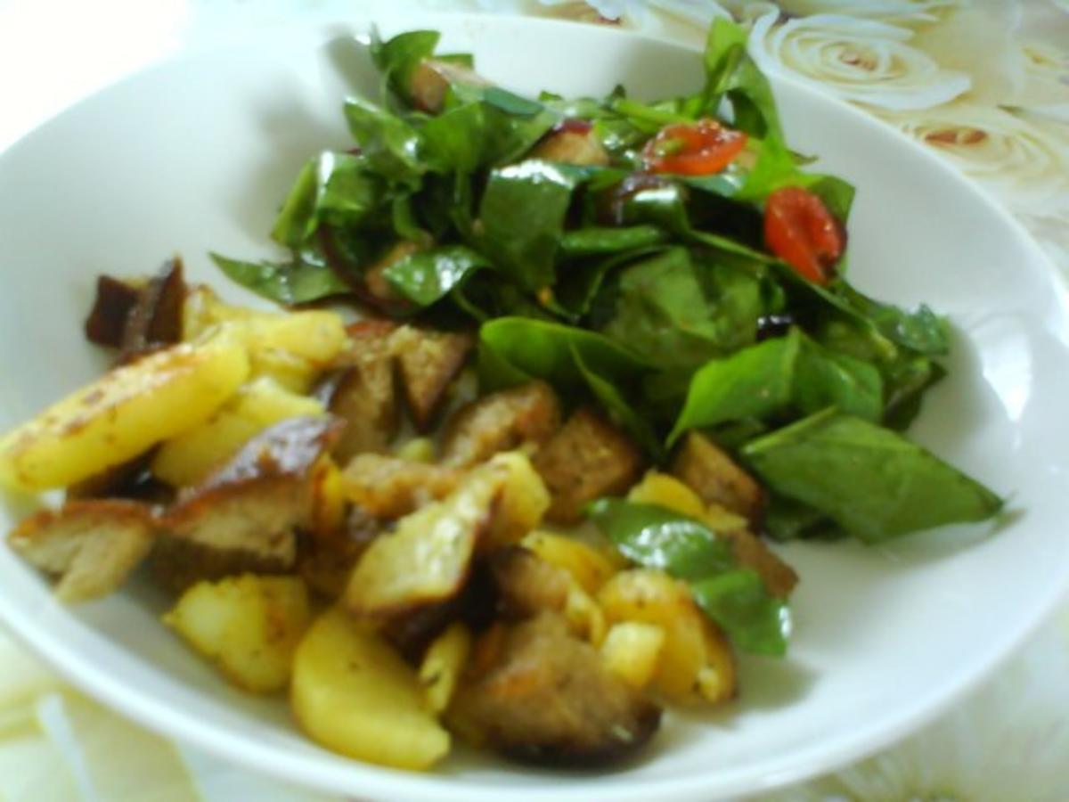Spinatsalat mit Balsamicozwiebeldressing - Rezept Gesendet von Kumiko