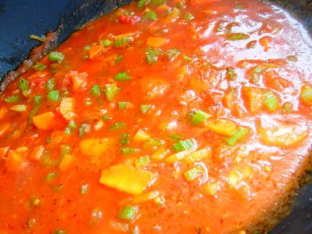 Maccheroni mit vegetarischer Bolognese - Rezept - Bild Nr. 4