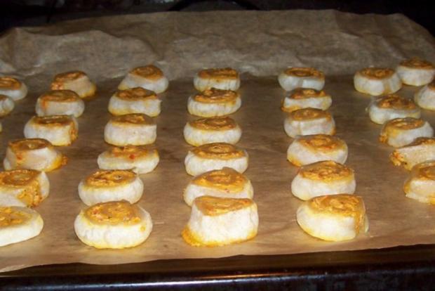Snack: Herzhafte Blätterteigschnecken mit Feta-Schinken-Füllung - Rezept - Bild Nr. 7
