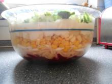 Vegetarischer Schichtsalat mit rote Bete - Rezept