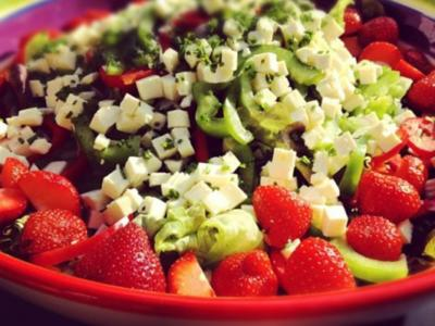 Fruchtiger Sommersalat - Rezept