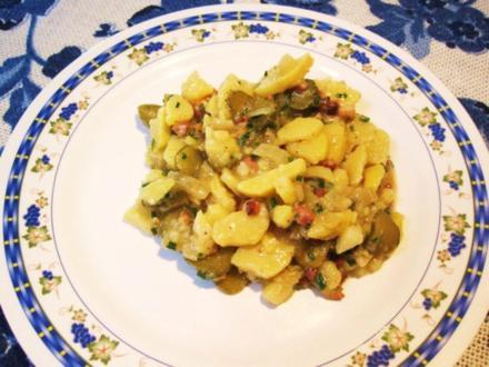 Kartoffelsalat mit saurer Gurke - aus Resten gemacht - Rezept