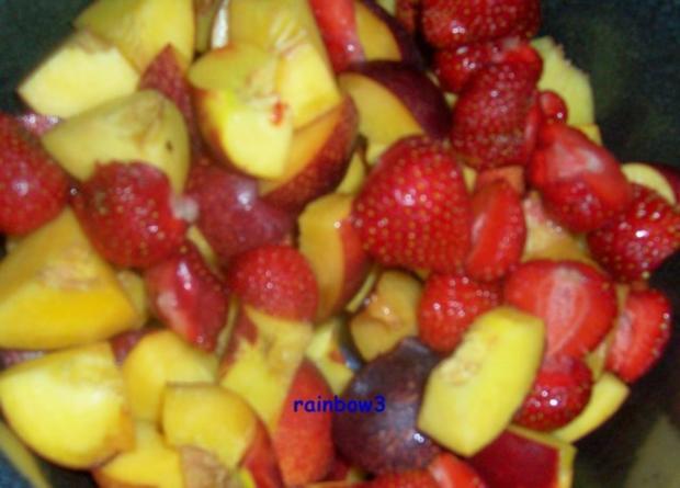 Einmachen: Nektarinen-Erdbeer-Heidelbeer-Marmelade - Rezept - Bild Nr. 2