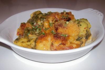 Kartoffel-Spinat-Gratin mit Gorgonzola und Tomaten - Rezept
