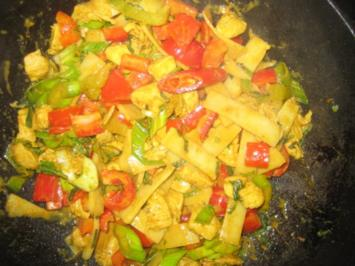 Rezept: Thaicurry mit Hühnchen