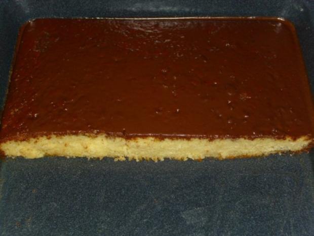 Schneller Blechkuchen Rezept schneller eierlikör blechkuchen mit schokoladeguß rezept kochbar de