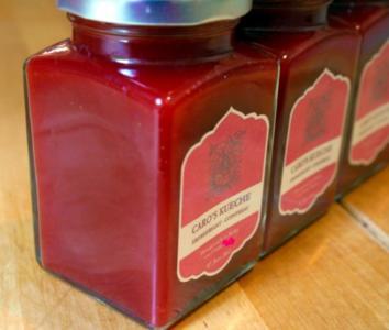 Erdbeersamt mit Cointreau - Rezept