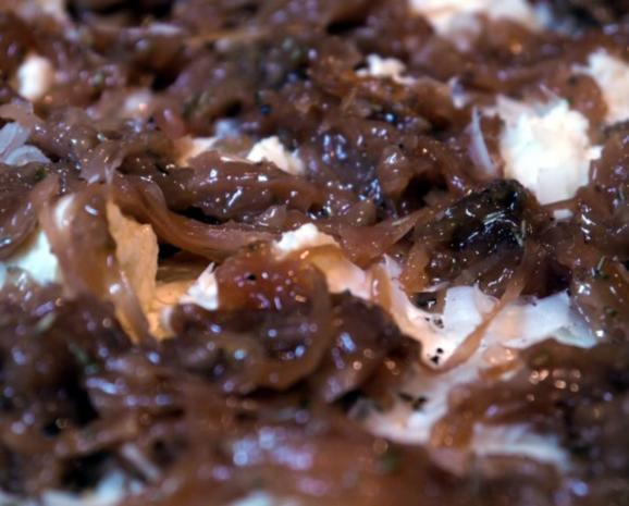 Karamellisierter Zwiebelkuchen - Rezept - Bild Nr. 9