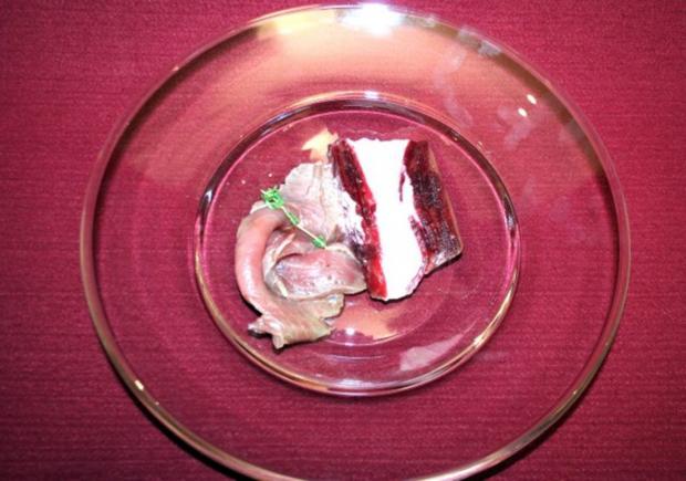 Rote Bete-Meerrettichterrine mit rohmariniertem Thunfisch - Rezept