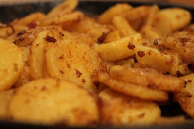 Bratkartoffeln aus gekochten Kartoffeln - Rezept