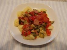 Backofengemüse mit Mettenden und Mozarella - Rezept