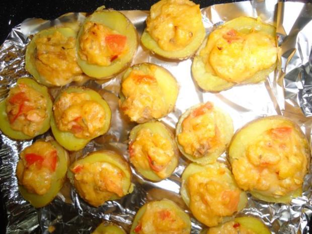 Neue Kartoffeln mit Anchovis und Blauschimmelkäse - Rezept