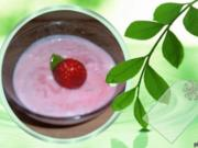 Dessert : Buttermilch - Erdbeer - Creme - Rezept