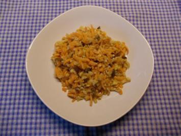 Karotten-Apfel-Salat mit Walnüssen - Rezept