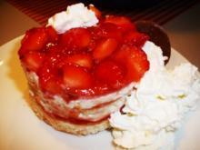 Erdbeer-Törtchen - Rezept