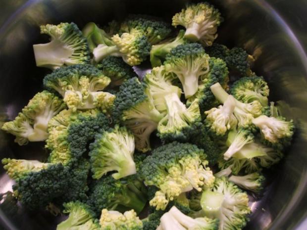 Auflauf: Blumenkohl-Broccoli-Auflauf mit geräuchertem Schweinehalsbraten - Rezept - Bild Nr. 4