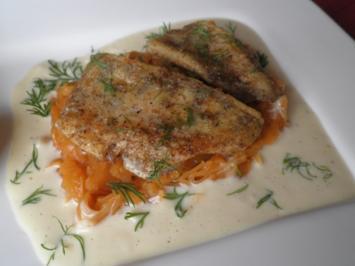 Zander auf Paprikakraut mit Rieslingsoße - Rezept