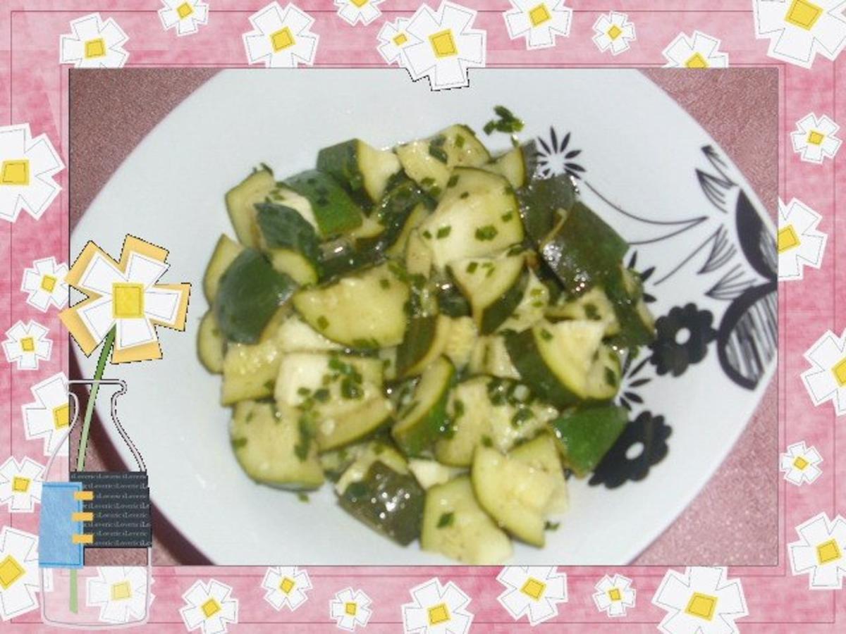 Zucchini salat knoblauch