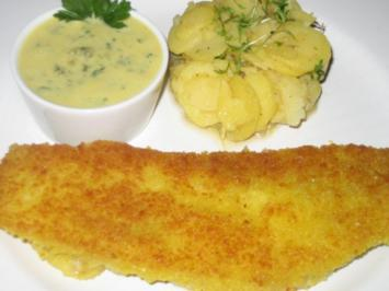 Panierter Fisch mit Kartoffelsalat und Remoulade - Rezept