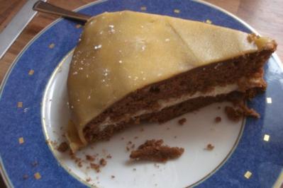 Marzipan-Nuss-Nougat-Torte mit Buttercreme - Rezept