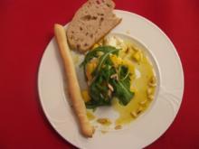 Avocado-Büffelmozzarella-Salat mit Mango und Orangenvinaigrette - Rezept