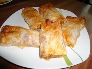 Serbische Pita mit Hackfleisch ( hier auch Börek genannt ) - Rezept