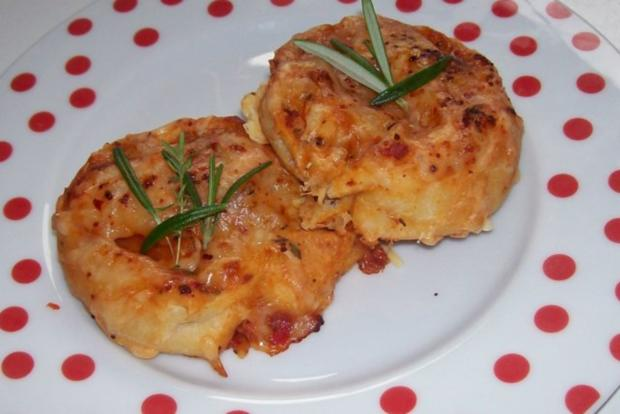 Snack: EM-Pizza-Schnecken mit Parmesan und frischen Kräutern - Rezept - Bild Nr. 9