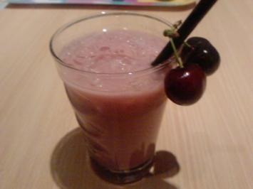 Cocktail: Russian wild black Cherry oder     H A L B F I N A L E----O L E:---O L E-- O L E - Rezept